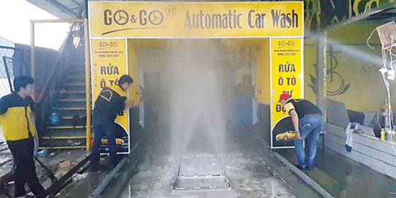 Máy tự động rửa xe ô tô