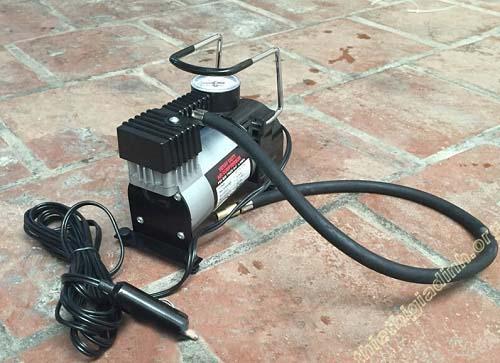 Máy bơm hơi khí nén mini này đều dùng dòng điện 1 chiều 12V