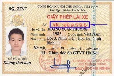 cách phân biệt giấy phép lái xe thật giả
