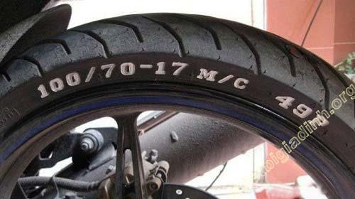 Thông số in trên lốp xe
