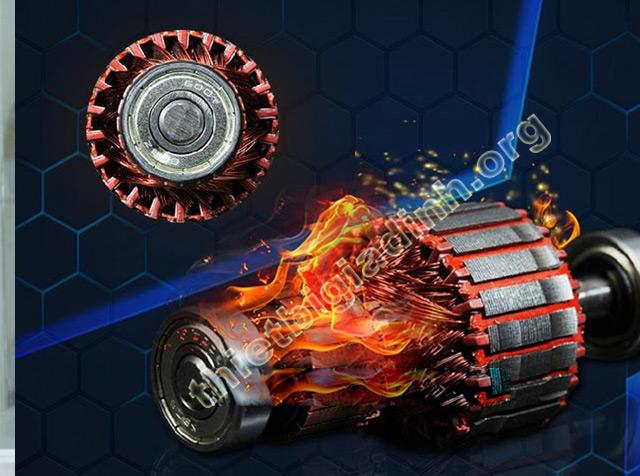 Động cơ của máy nhanh nóng