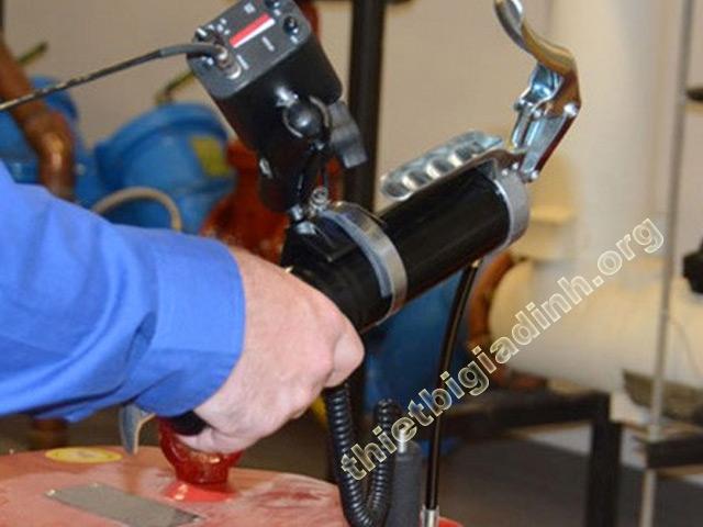 Nhược điểm của máy bơm mỡ bằng tay