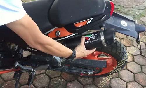giảm tiếng pô xe máy bằng tiêu giảm pô